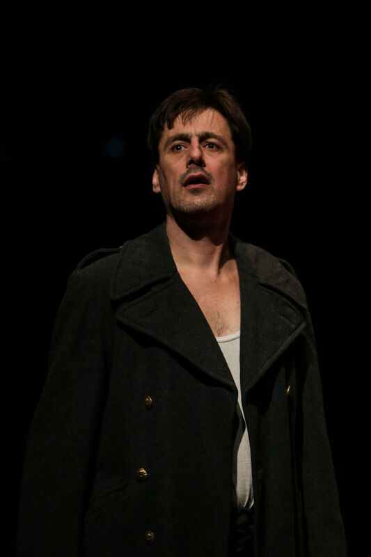 <strong>5 Amsterdamse amateurtheatergroepen - 5 x Othello - 10-05-2015 (3)</strong>