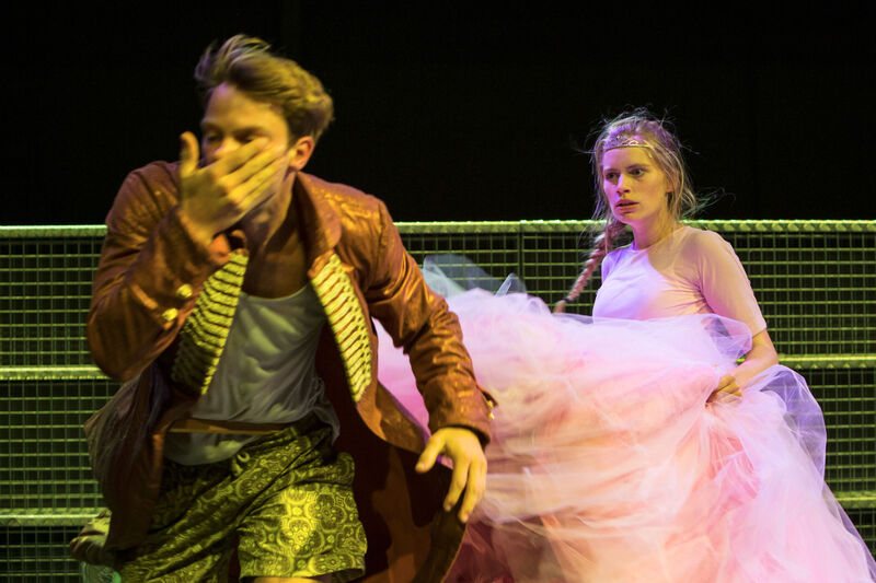 <strong>Maas Theater - Dansvoorstelling Liefde - 09-09-2017 (1)</strong>