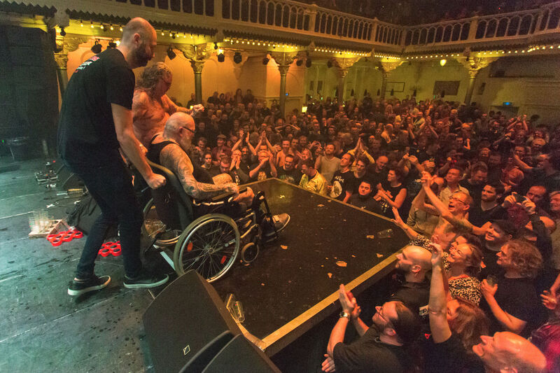 <strong>The Shavers - Paradiso - 22-12-2019 (25)</strong>