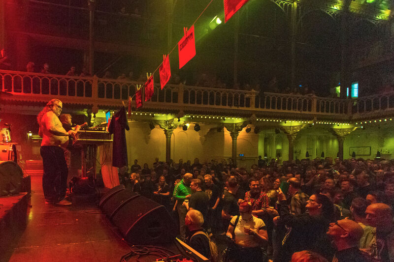 <strong>The Shavers - Paradiso - 22-12-2019 (5)</strong>