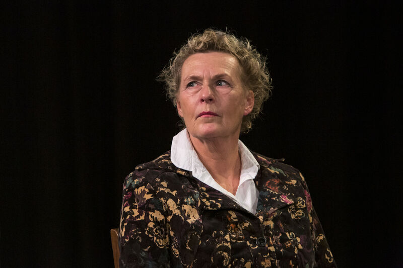 <strong>TT Theaterproducties - Happy Birthday Mammie - 27-10-2016 (2)</strong>